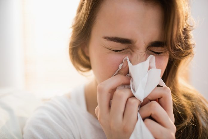 sneeze-cold-flu-stock-getty